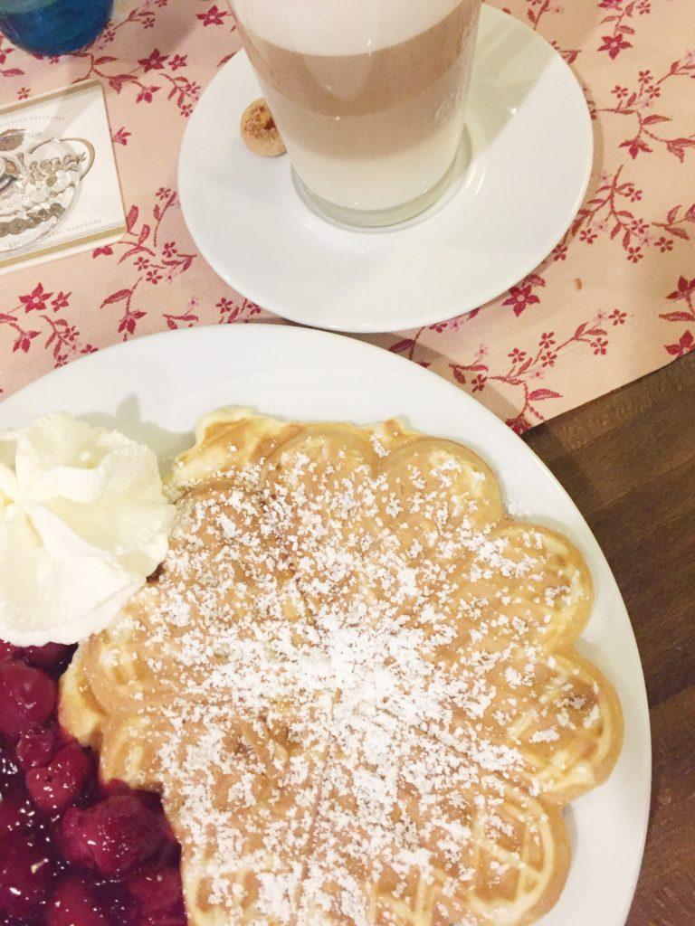 Küchenhof Altenberg, Altenberg, Bergische Kaffeetafel