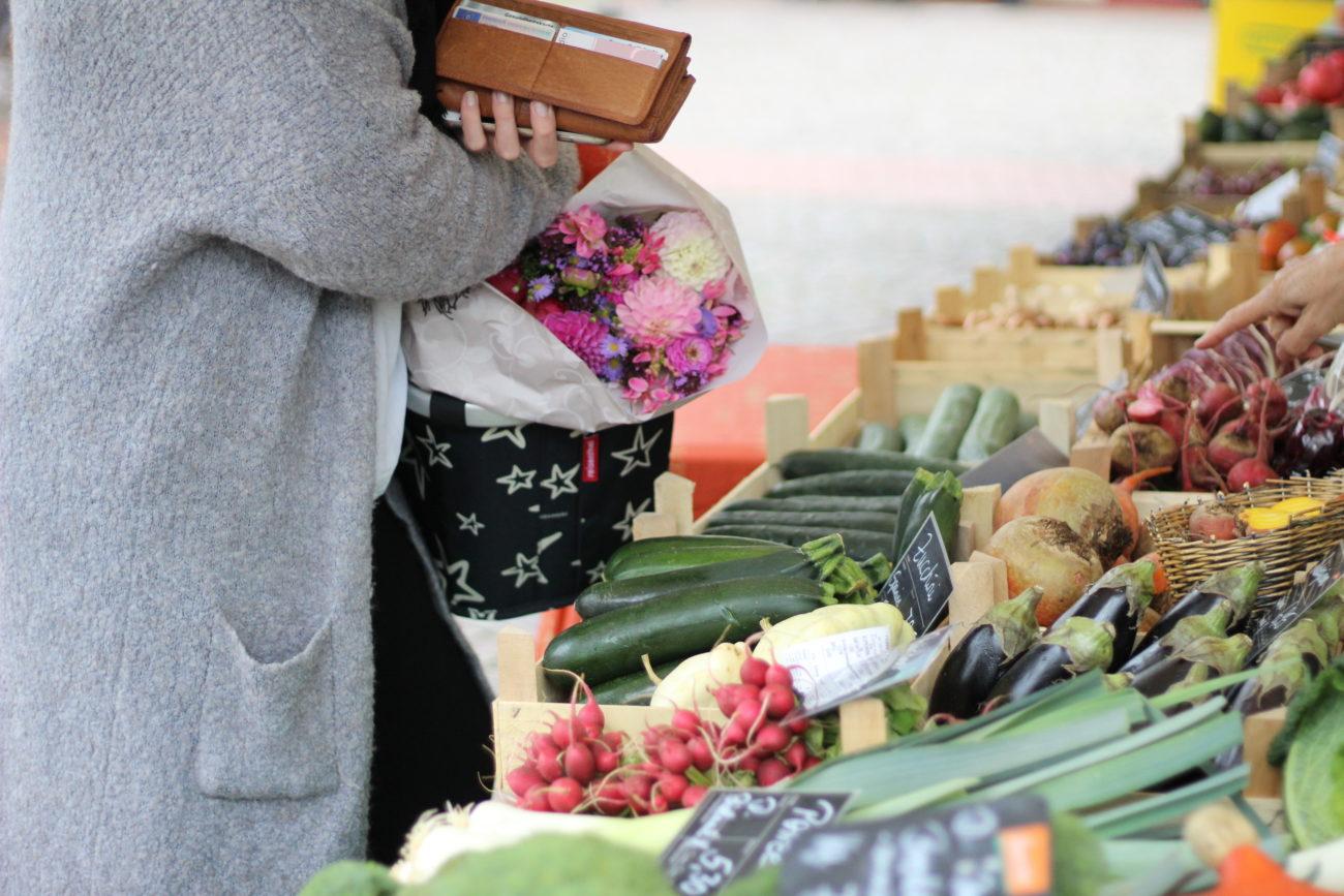 Einkaufen auf em Wochenmarkt - gute Gründe für das wöchentliche, regionale Treiben