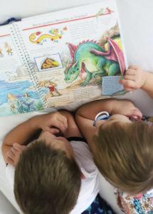 Mein Sohn entdeckt Märchen